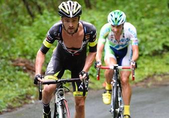 Óscar Pujol: 'Muchas carreras WorldTour pagarían por tener un público tan entregado como en Indonesia'